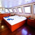 deep-andaman-queen-master-cabin